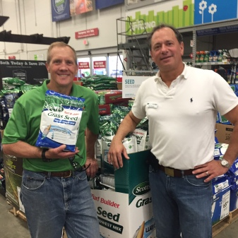 150517 - Dave Rob at Lowes