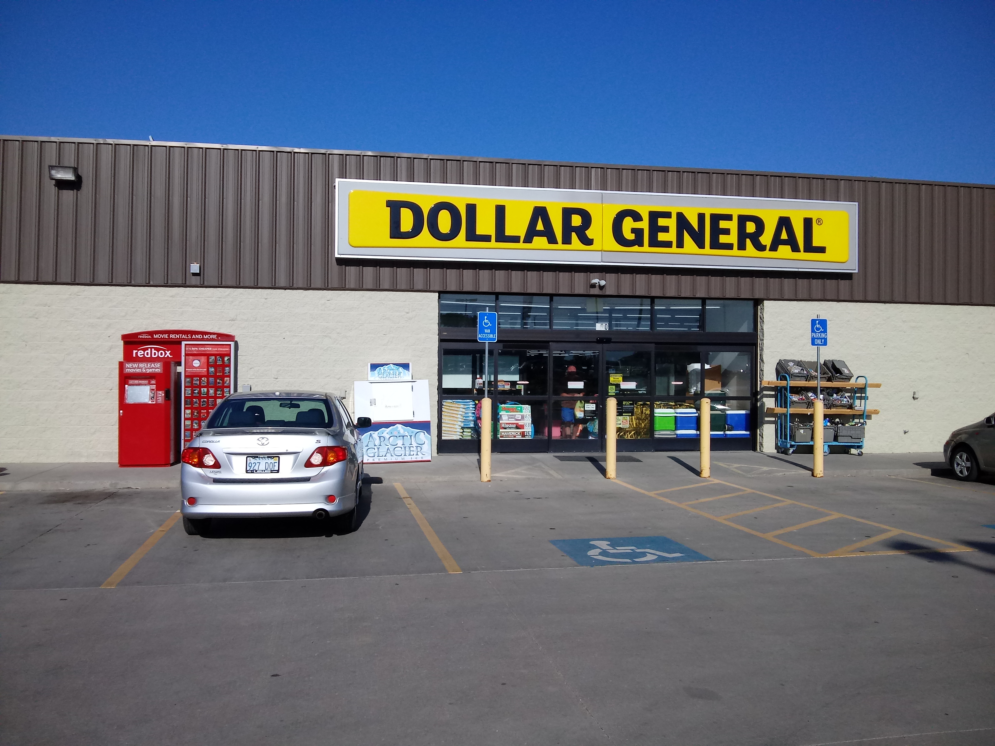 oakley ks dollar general