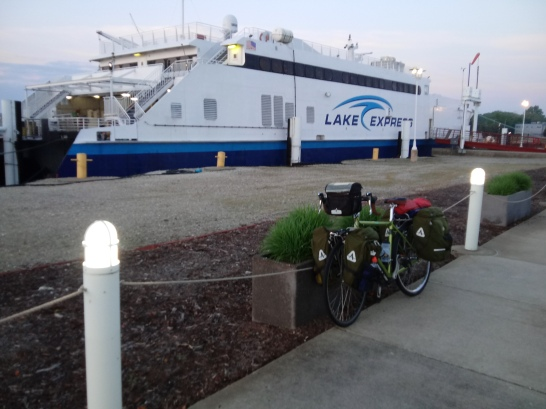 MG and Fast Ferry